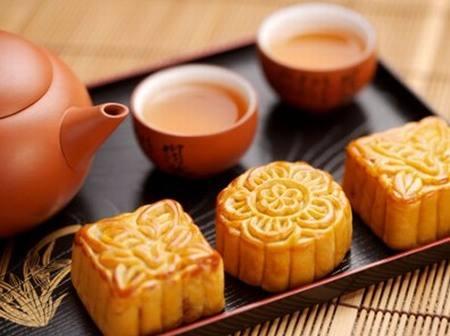 【网络中国节·中秋】遥寄月饼?还是回家一起看月亮吧!