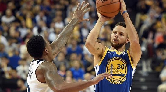 NBA中国赛上海站:勇士得分创纪录大胜森林狼