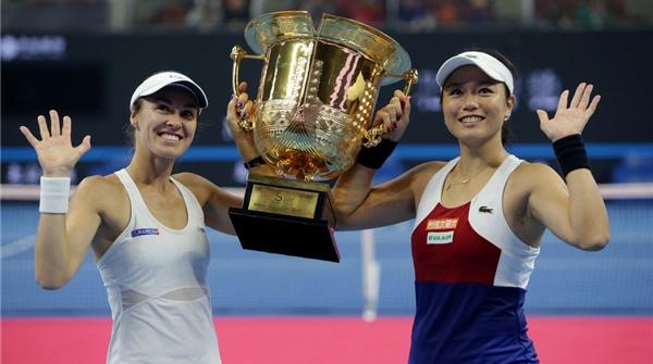 37岁辛吉斯夺中网女双冠军!女子网坛为何总有不老传说?