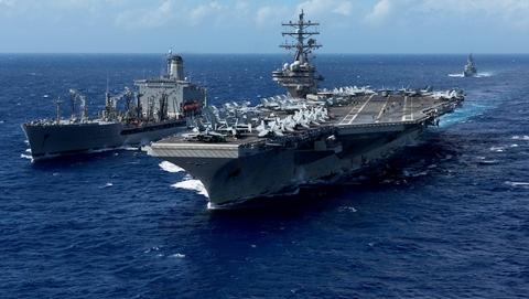 俄警告美国航母勿接近朝鲜半岛