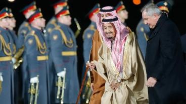 """专家论坛:沙特国王访俄 中东外交""""天平""""摇摆"""