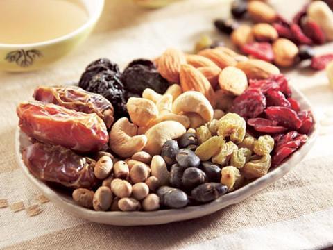 健康新知  一天一把坚果助防2型糖尿病