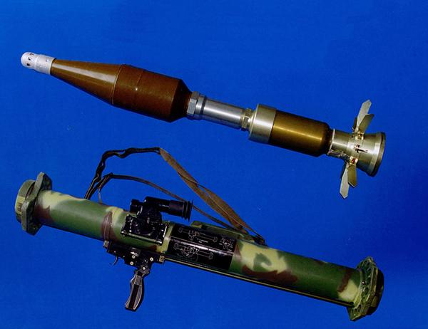 攻坚破甲掌中宝:中国军用火箭筒群英会