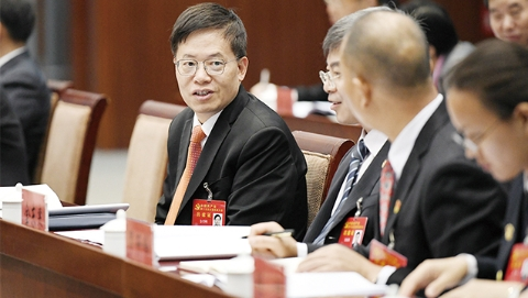 新时代新奋进丨上海市代表团热议坚持和完善党的领导:毫不动摇把党建设得更坚强有力