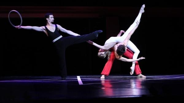贝嘉《魔笛》:看得见的莫扎特 听得到的芭蕾舞