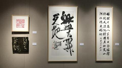 艺术节日记   艺术家当导览