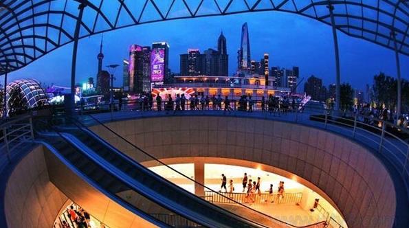 十六铺码头今昔见证上海发展