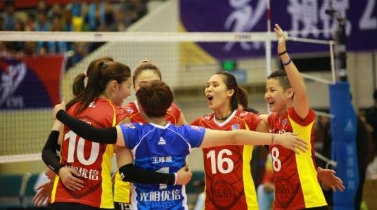 上海女排3比2逆转浙江 取得三连胜