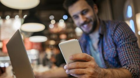微博月活跃用户增至3.76亿 超九成用户使用移动端