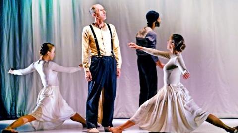 极简中展现想象力 《冰树》揭开以色列文化周序幕
