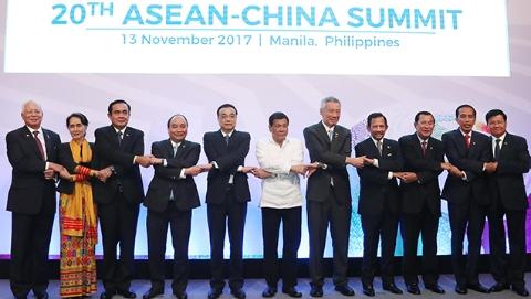 李克强出席第20次中国-东盟领导人会议:构建理念共通、繁荣共享、责任共担的命运共同体
