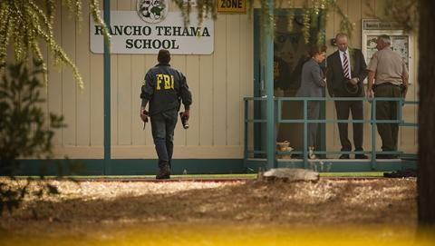 美国北加州连环枪击案致5死10伤 枪手闯入小学等多地行凶后被击毙