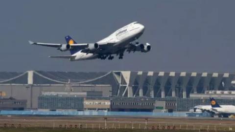 柏林航空破产德国航班运力不足  机票价格大幅上涨