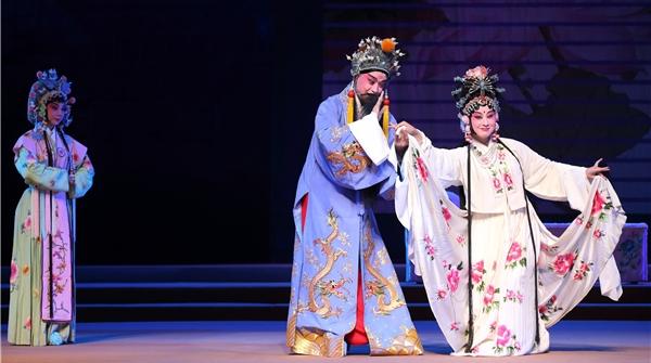 全本《长生殿》声动京华,年轻一代接棒,戏迷打飞的捧场