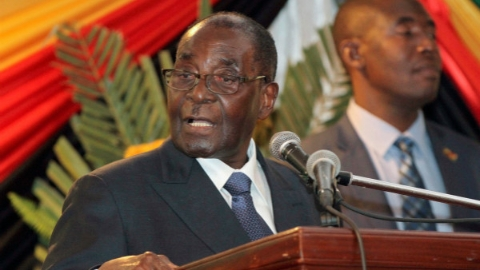 穆加贝致信议会宣布辞职