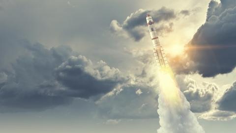 我国正开展可重复使用运载火箭研究 2020年长征六号验证箭体垂直回收技术