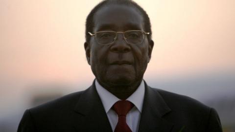 去留自由、免遭起诉 穆加贝待遇公布
