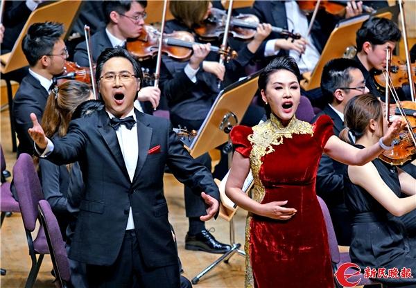 廖昌永和方琼在演唱上音原创歌剧《贺绿汀》选段《上音,我的爱》-郭新洋.jpg