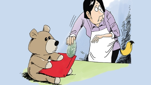 """保姆偷拿翡翠,辩称为帮雇主""""穿线"""",原来她13年前还有运毒前科"""