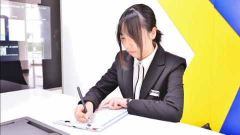 取款可以刷脸,柜员和行长都是学生,上海首家校园e银行在工程大开业