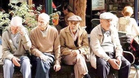 匈牙利出生率创新低 人口老龄化速度加快