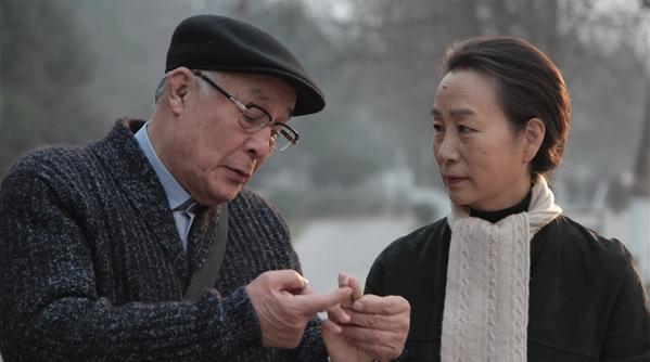 80岁的许还山说:职业演员最大的光荣就是倒在片场