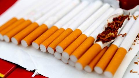 夫妻组团售卖假烟被捕  4个月获利400余万元