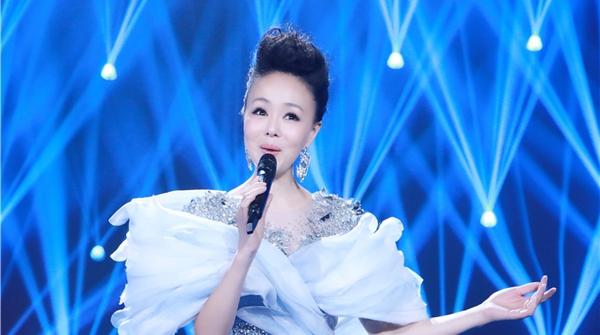 """黄晓的《书香满中华》是如何入选""""中国梦主题新创作歌曲""""的?"""