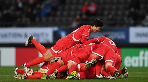 东亚杯女足第二轮:朝鲜队一球力克韩国赢得两连胜