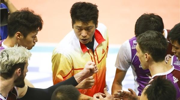 上海男排世俱杯首战,全明星阵容依然完败