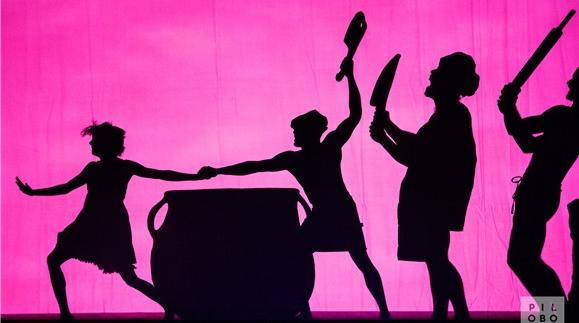 """影子起舞?派洛布鲁斯舞团展现身体的""""不可思议"""""""