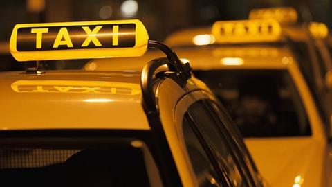 """""""大数据""""助力精准清除 上海明年将专项整治克隆""""出租车"""""""