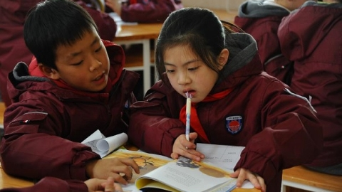 小学毕业前阅读200本儿童文学名著?日新实验小学的孩子们做到了