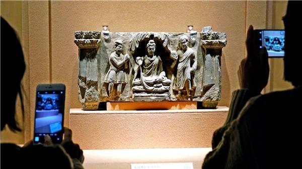 """这些文物,带你走近神秘的古代丝绸之路枢纽帝国""""贵霜王朝"""""""