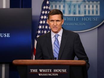 """""""后院""""起火 特朗普会抛弃国家安全顾问吗?"""