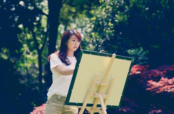 """【网红新亮点】""""燕子医生""""手绘涂鸦讲科普 传递知识和"""