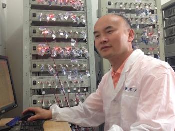 上海交大教授提升锂硫电池导电率10的26次方倍