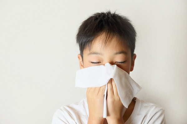 借纷飞柳絮,说说儿童过敏性鼻炎的那些事