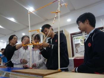 2020年申城中小学创新实验室将全覆盖