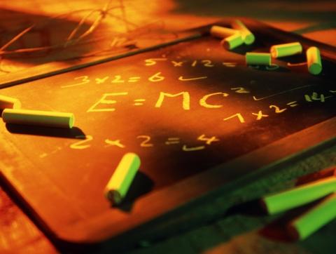 上海中考理化试卷(物理部分):整体难度适中 考察学生综合素养