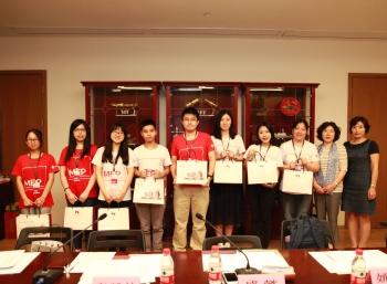 香港大学生来沪探博物馆奇妙寻上海内涵
