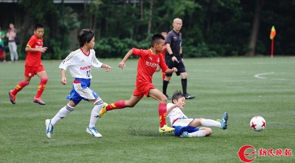 少年足球 恒大vs日本 周国强 摄.jpg