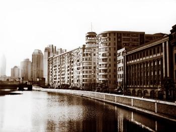 """【台前幕后】《河滨大楼往事》:老建筑的""""前世今生"""""""
