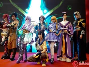 我在现场 夏天里的一把火!第十三届中国国际动漫游戏博览会开幕