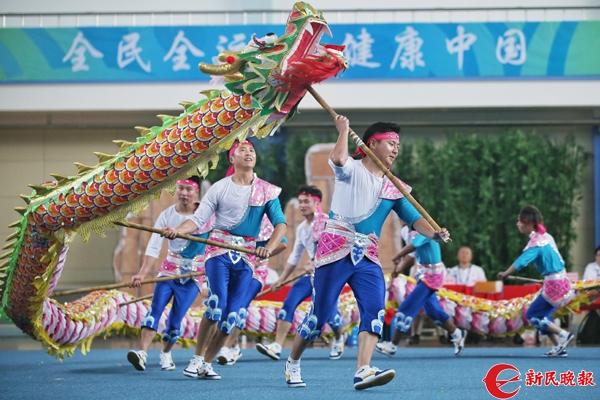三林舞龙夺冠 王佳斌 摄.jpg