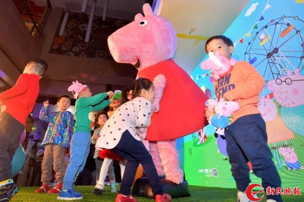 走了小猪佩奇又来了哆啦a梦 小朋友们的暑假去哪里