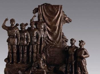 上海油画雕塑院三代艺术家为建军90周年献礼