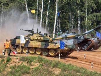 """国际军事比赛:""""像打仗那样竞技"""""""