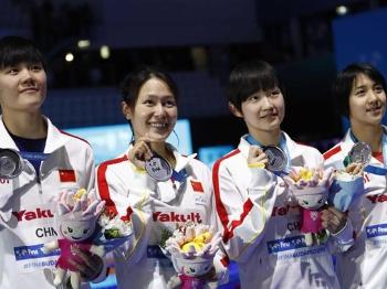 小将给力!中国女队4×200米自由泳接力获亚军