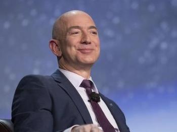 """股票大涨 亚马逊CEO当了半天""""世界首富"""""""